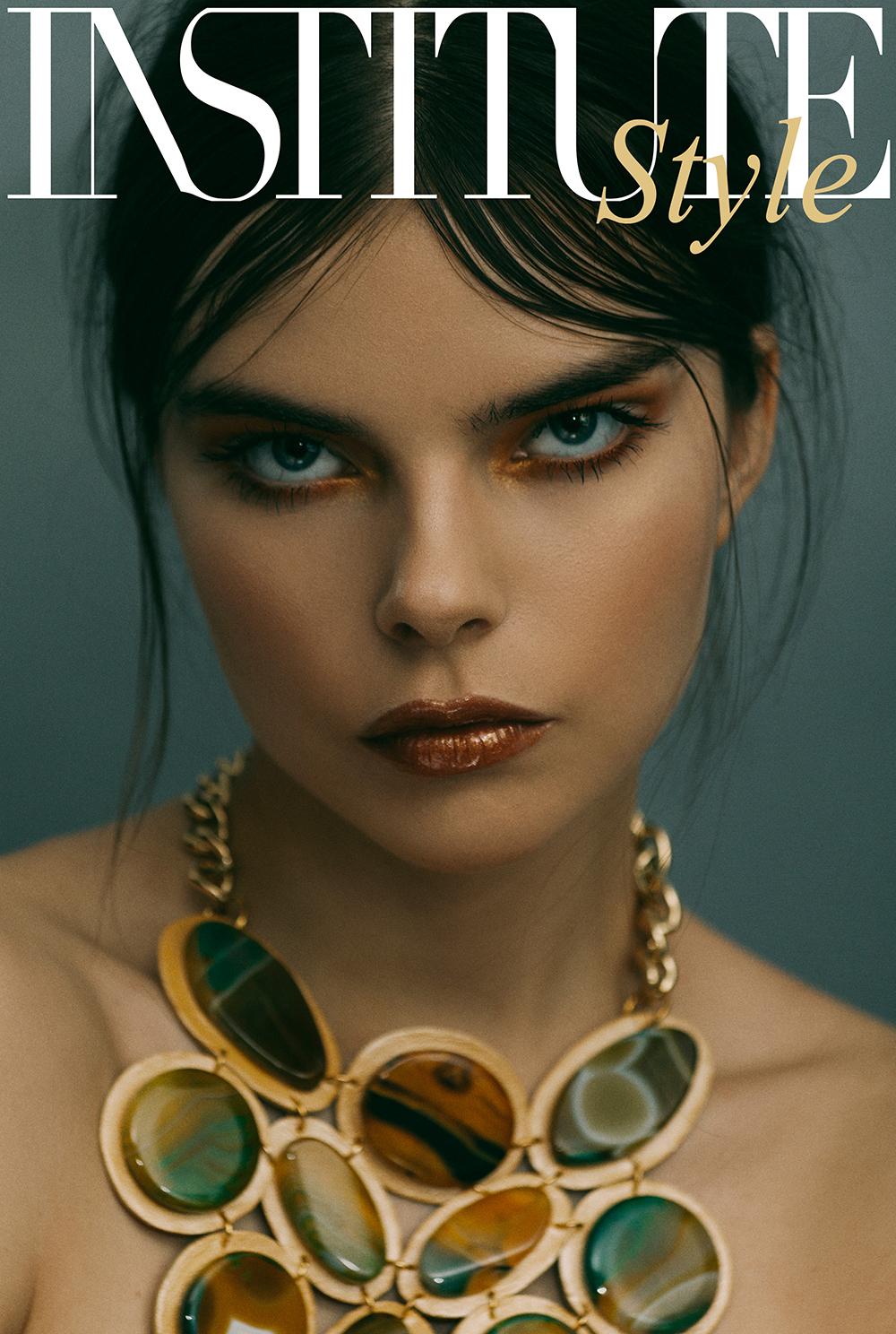 Alina Aliluykina Cover
