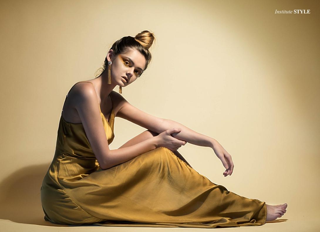 Gold Dust Woman3